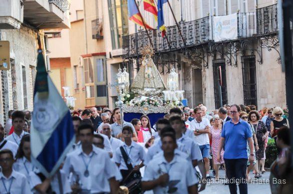 Miles de personas acompañan a la Virgen de Monserrate a su Santuario 10