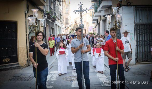Miles de personas acompañan a la Virgen de Monserrate a su Santuario 11