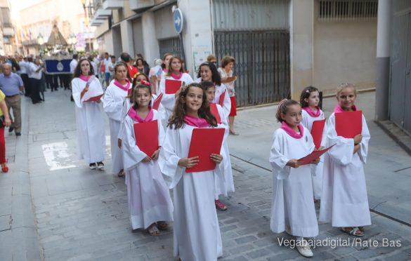 Miles de personas acompañan a la Virgen de Monserrate a su Santuario 12