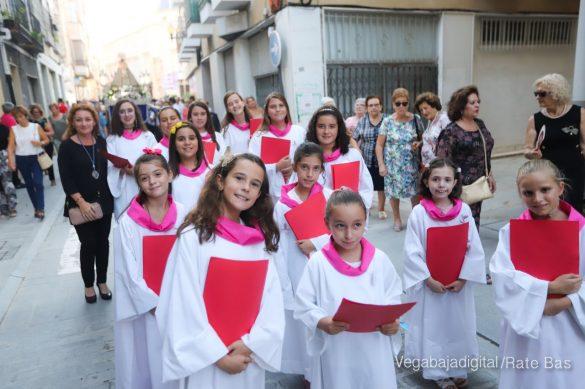 Miles de personas acompañan a la Virgen de Monserrate a su Santuario 13