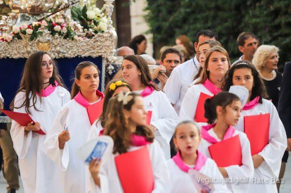 Miles de personas acompañan a la Virgen de Monserrate a su Santuario 23