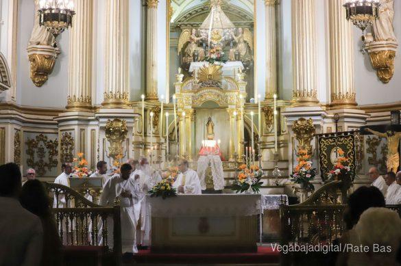 Miles de personas acompañan a la Virgen de Monserrate a su Santuario 75