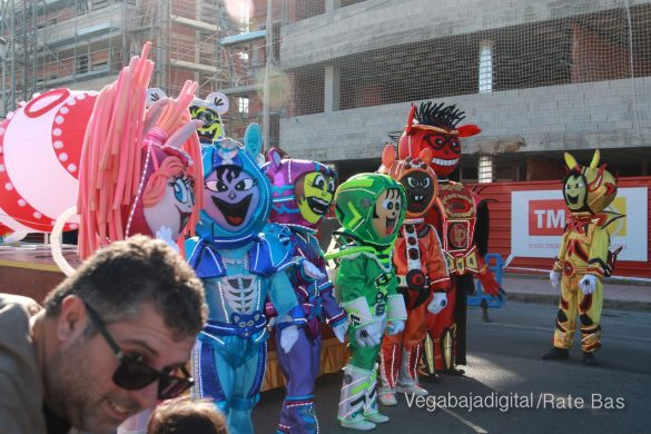 Los Reyes Magos también llegan a Orihuela Costa 94