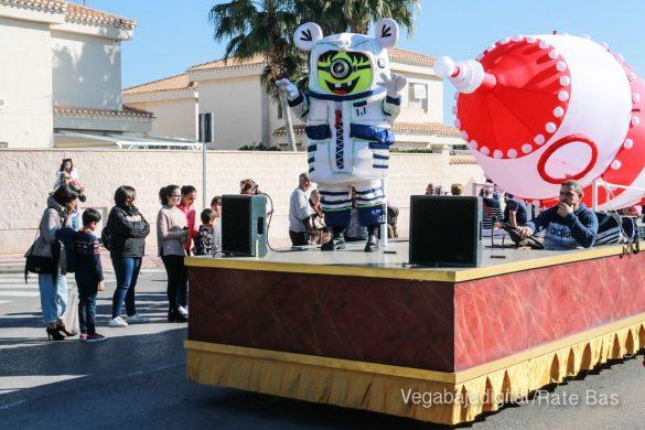 Los Reyes Magos también llegan a Orihuela Costa 86