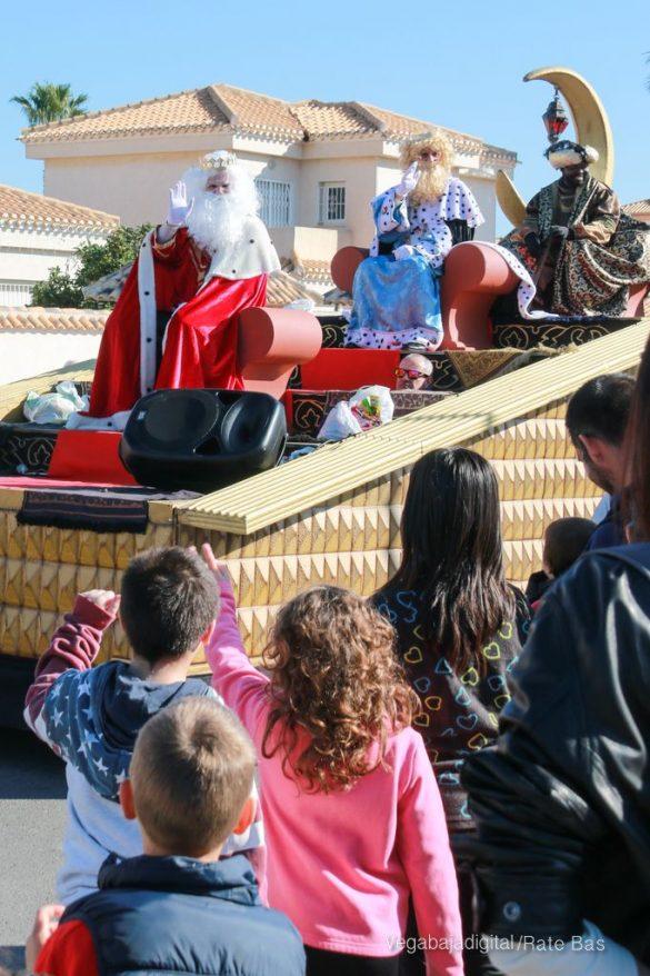Los Reyes Magos también llegan a Orihuela Costa 57