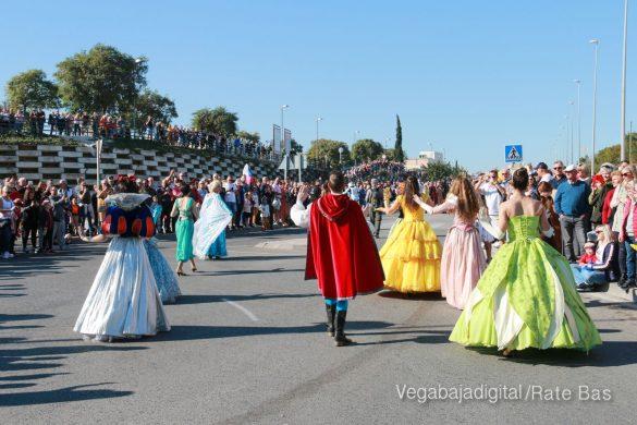 Los Reyes Magos también llegan a Orihuela Costa 36