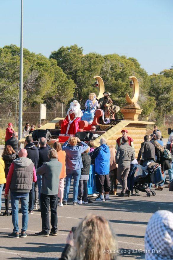 Los Reyes Magos también llegan a Orihuela Costa 29