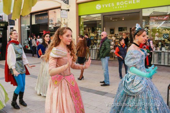 Los Reyes Magos también llegan a Orihuela Costa 26