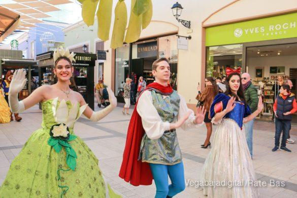 Los Reyes Magos también llegan a Orihuela Costa 25