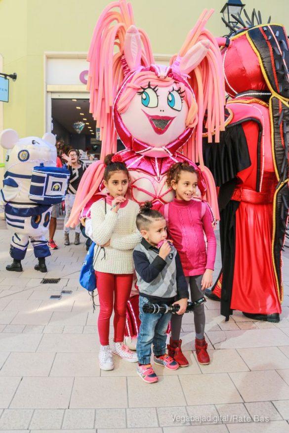 Los Reyes Magos también llegan a Orihuela Costa 24