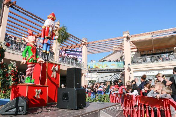 Los Reyes Magos también llegan a Orihuela Costa 20