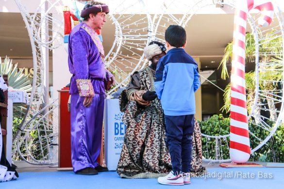 Los Reyes Magos también llegan a Orihuela Costa 19