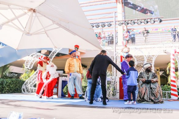 Los Reyes Magos también llegan a Orihuela Costa 18