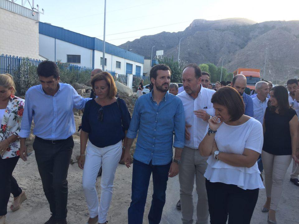 Pablo Casado visita Orihuela y exige al Gobierno de Pedro Sánchez mayor rápidez con las ayudas 6