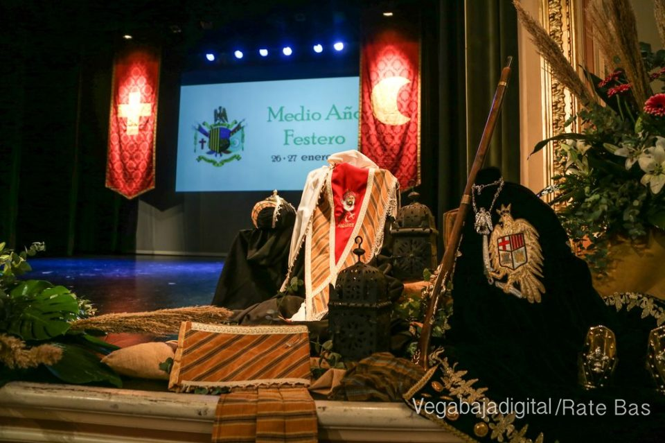 Acto de Exaltación del Medio Año Festero de los MyC en Orihuela 6