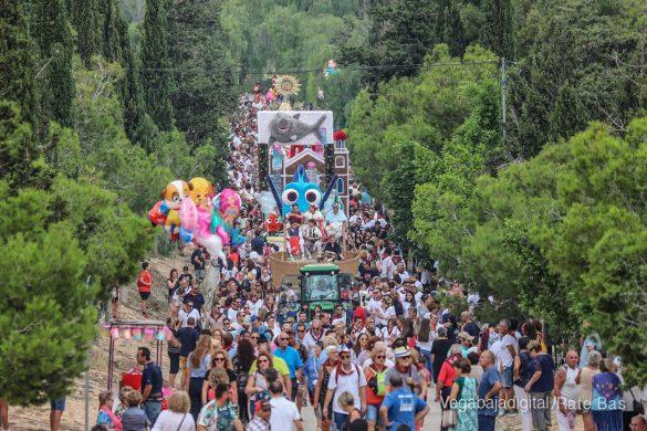 La Romería del Pilar en Benejúzar, más multitudinaria que nunca 15