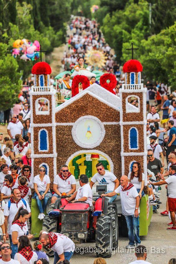 La Romería del Pilar en Benejúzar, más multitudinaria que nunca 14