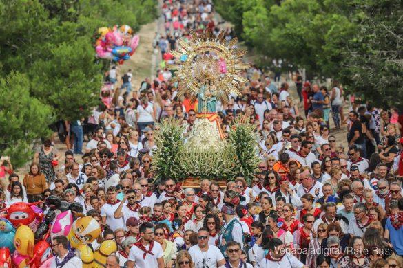 La Romería del Pilar en Benejúzar, más multitudinaria que nunca 12