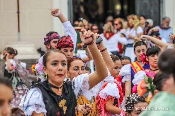 La Romería del Pilar en Benejúzar, más multitudinaria que nunca 11