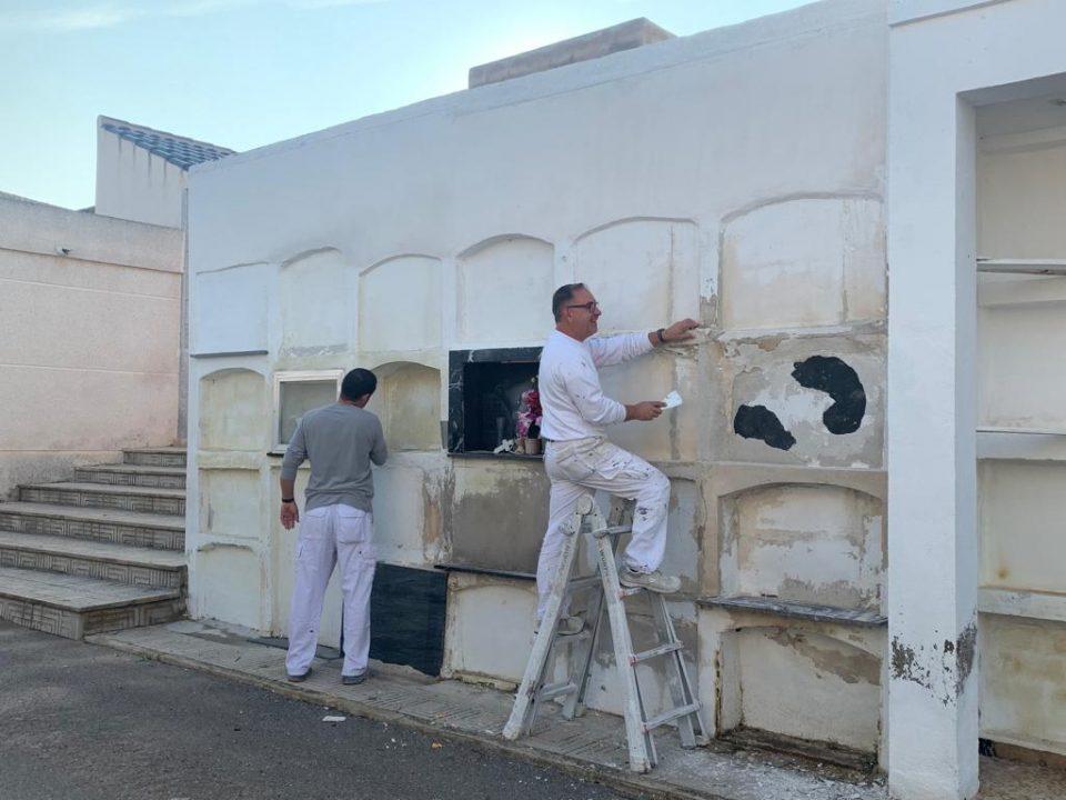 Puesta a punto del cementerio de Benejúzar para el día de Todos Los Santos 6
