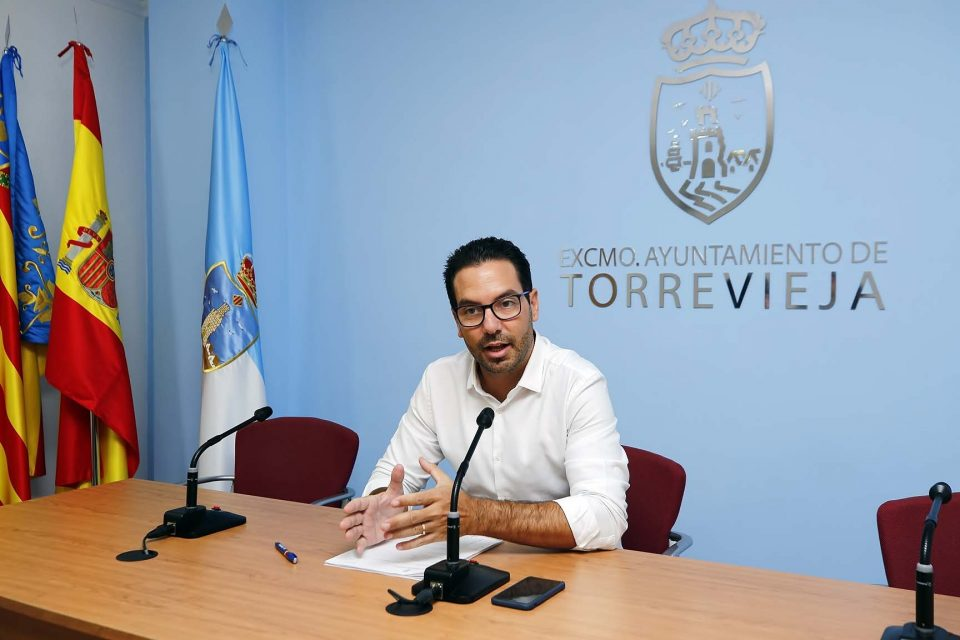 El juzgado condena al Ayuntamiento de Torrevieja a indemnizar a una funcionaria 6