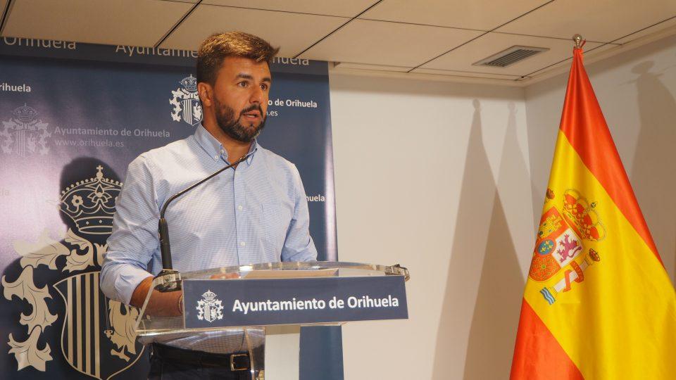 """""""Esperpento socialista"""" por José Aix, portavoz del Grupo Municipal Ciudadanos en Orihuela 6"""