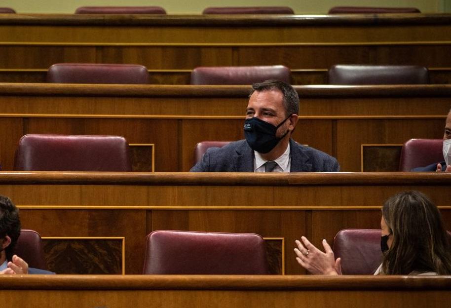 El oriolano Juan Ignacio López Bas toma posesión como diputado de Cs en el Congreso 6