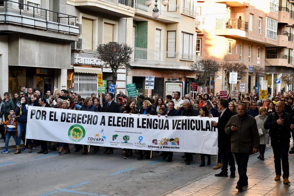 Desconvocada la manifestación contra el plurilingüismo por el coronavirus 6