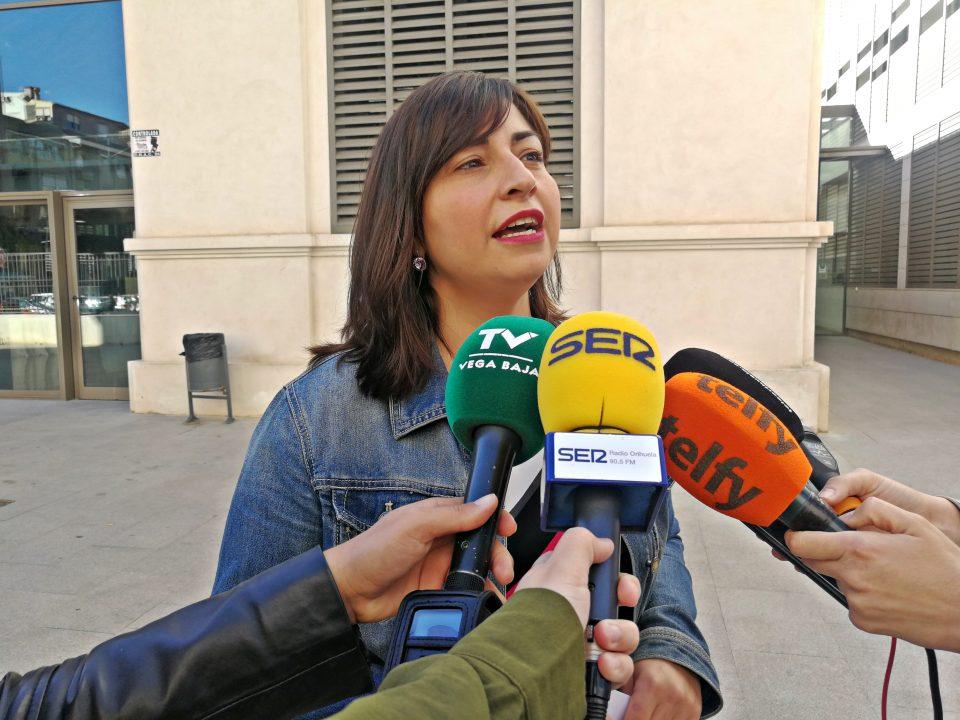 PSOE Orihuela ruega que no se olvide el Salón del Libro y pide la dimisión de Ramón López 6