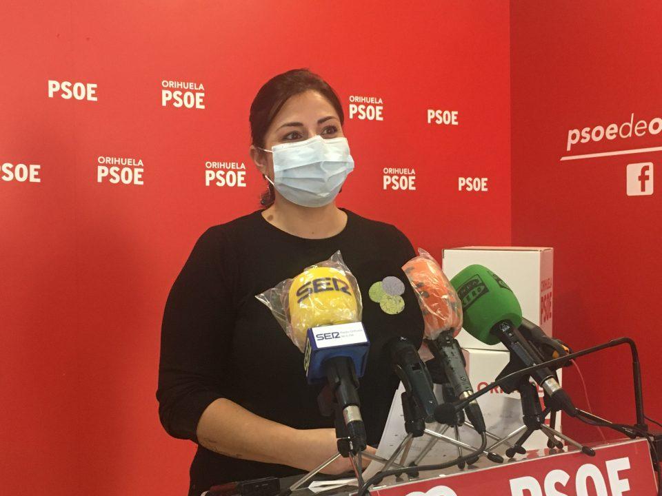 """María García: """"Iluminar el Ayuntamiento está bien pero hace falta eliminar barreras"""" 6"""
