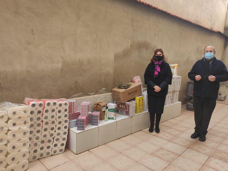 Festividades colabora junto a la Asociación de Moros y Cristianos en la campaña a beneficio de la Casa de la Caridad 6