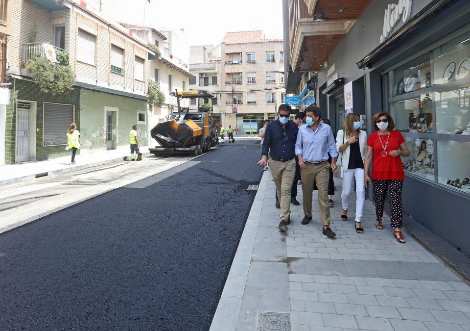 Las obras de reurbanización del centro de Almoradí ayudarán a reactivar el comercio 6