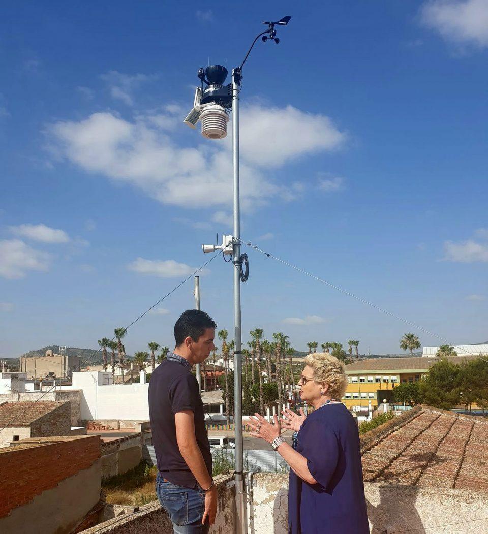 Jacarilla instala su segunda estación meteorológica 6
