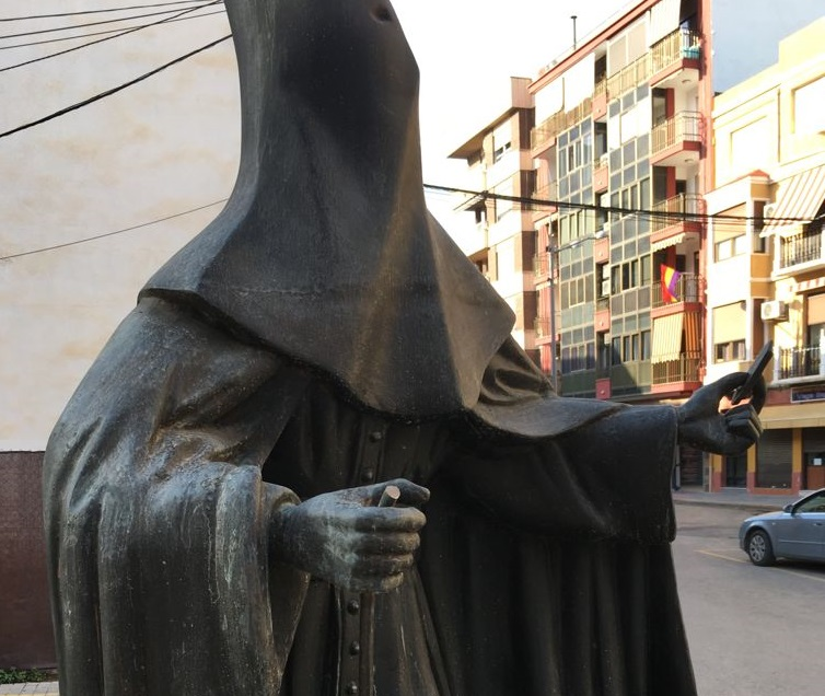 El vandalismo se ceba con el monumento del Nazareno de Orihuela 6