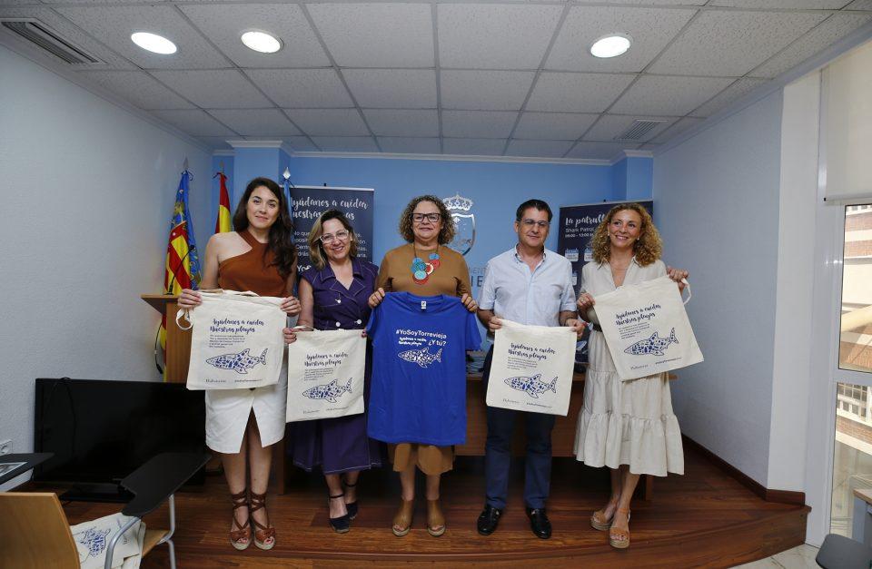 """La """"Patrulla Tiburón"""" sigue trabajando por el medioambiente en Torrevieja 6"""