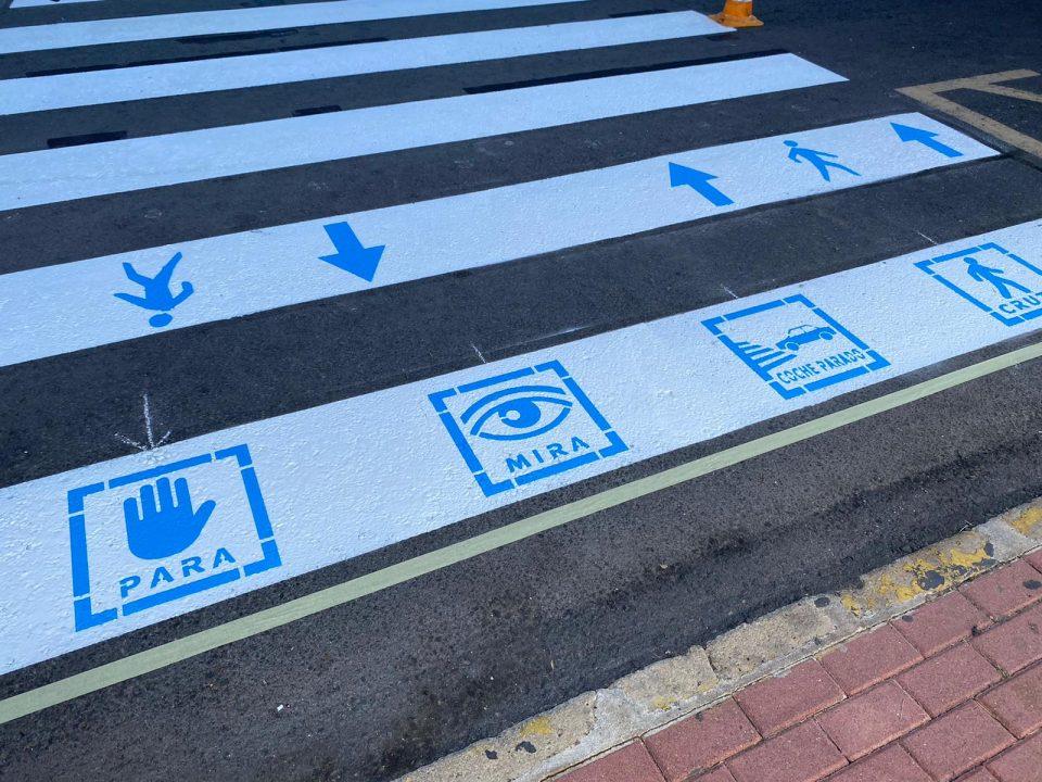 Torrevieja implanta pictogramas en los pasos de peatones para hacerla más accesible 6