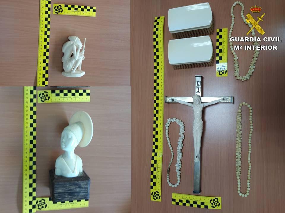 La Guardia Civil interviene varias piezas de marfil comercializadas de forma ilícita en la Vega Baja 6