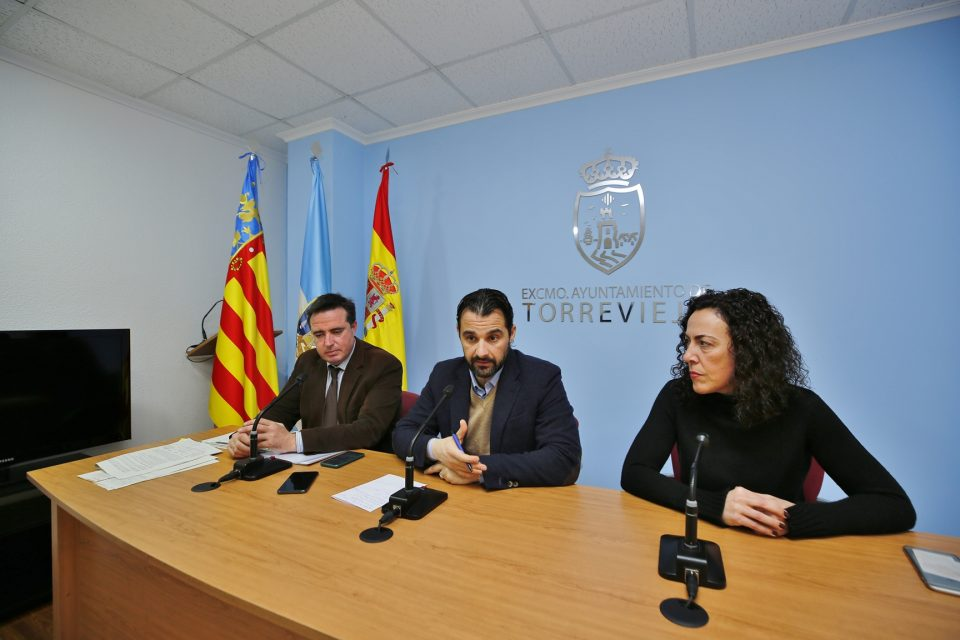Dolón anuncia las ayudas que va a solicitar a Turismo para Torrevieja 6