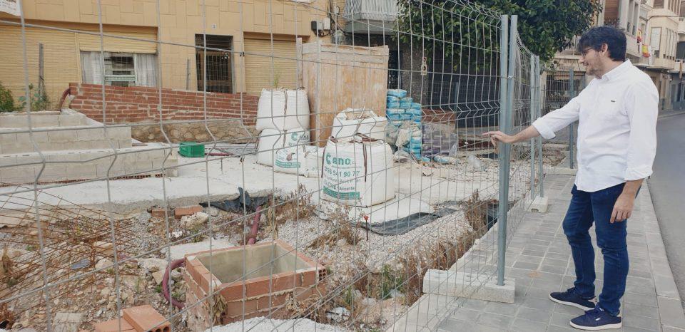 Las obras de la plaza de la calle Convento en Callosa llevan un año paralizadas 6