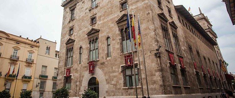 La Generalitat premia a equipos de respuesta de emergencia en la DANA y a Caja Rural Central 6