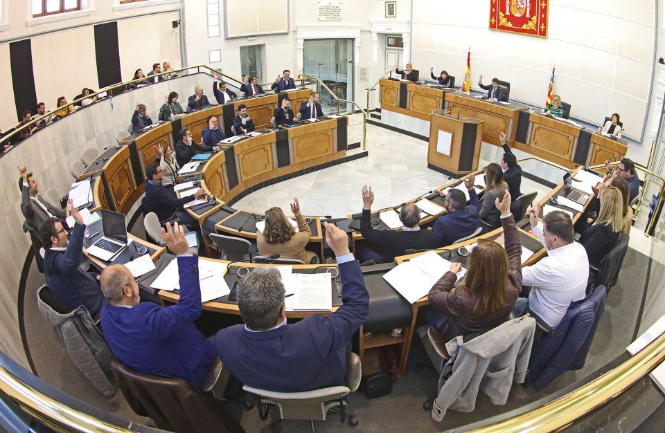 Agua y plurilingüismo centran el Pleno de la Diputación 6