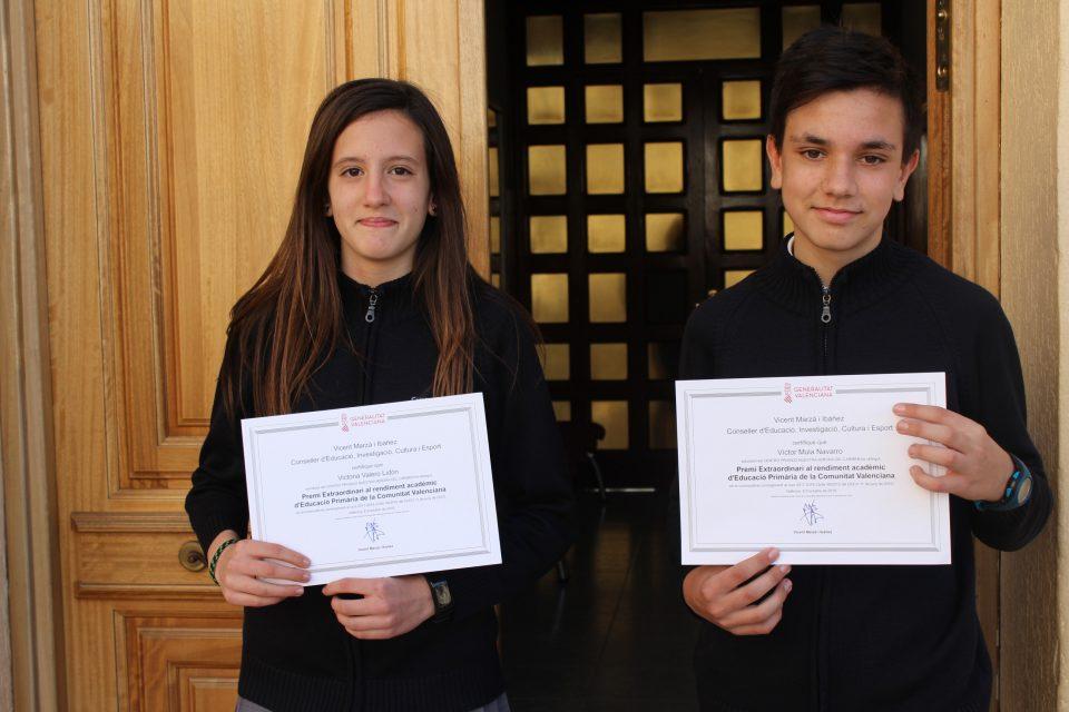 Los alumnos Víctor Mula y Victoria Valero, Premios Extraordinarios de Educación 6