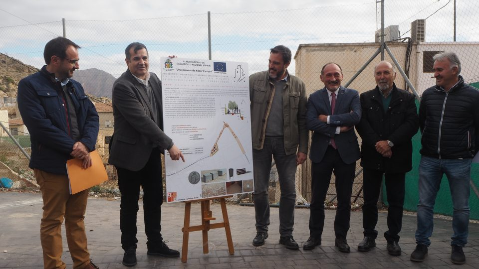 Orihuela presenta un proyecto para mejorar el entorno del Monte de San Miguel 6