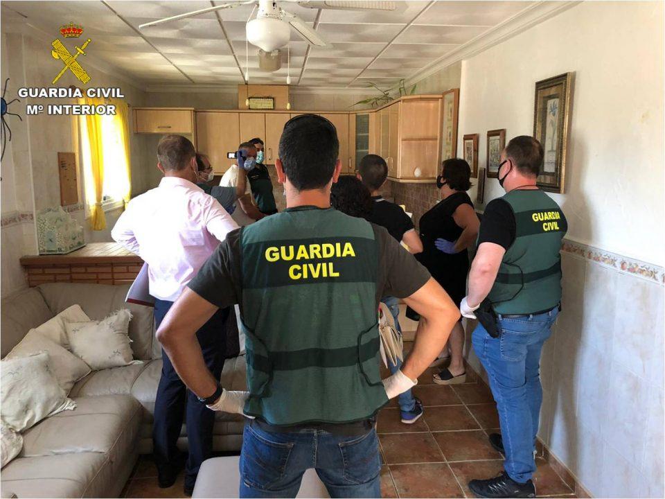 Detenidos en Crevillente los presuntos autores de un asesinato en Granja de Rocamora 6