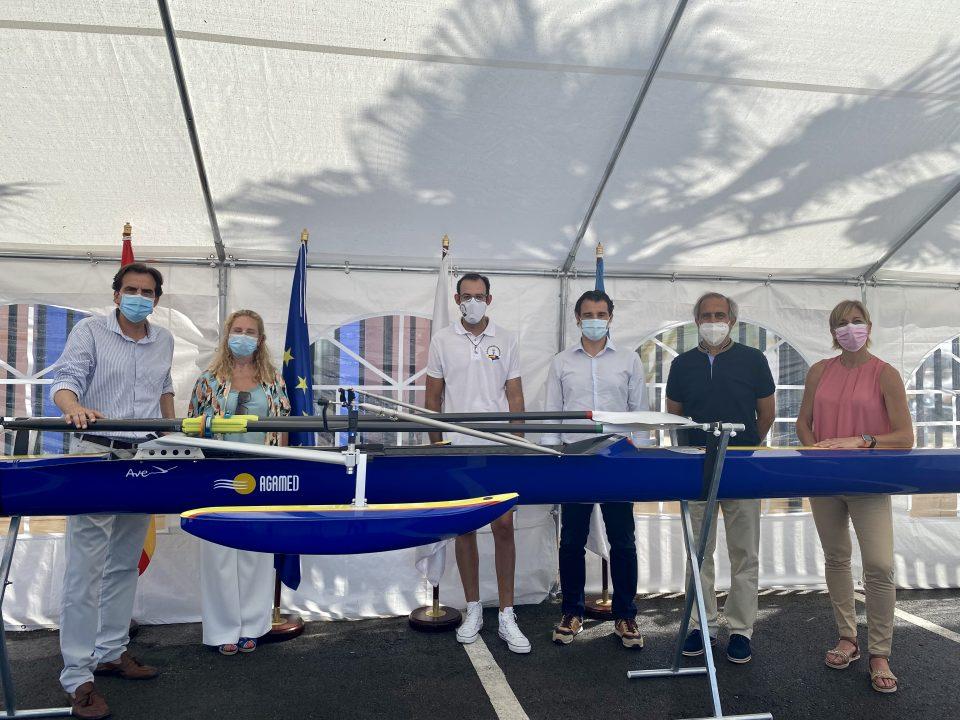 Presentada la nueva embarcación adaptada para el remero paralímpico del Club Náutico Marina Internacional, Juan Luis Moraes Fiego 6