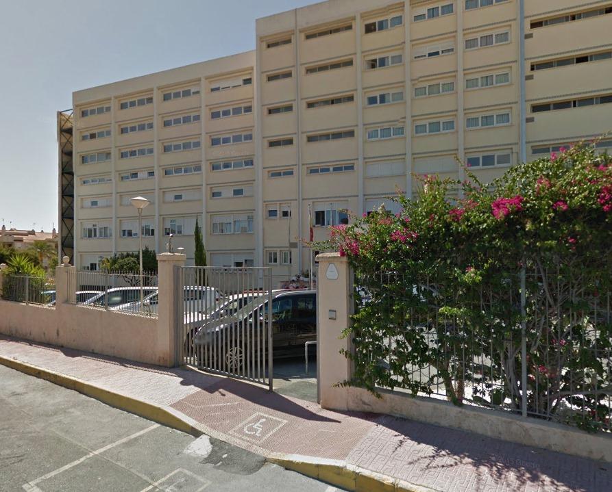 En la residencia pública de ancianos de Torrevieja existen 19 casos activos por coronavirus 6