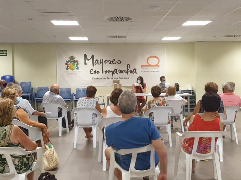 Bienestar Social afronta el inicio del curso de las asociaciones de mayores en Orihuela 6
