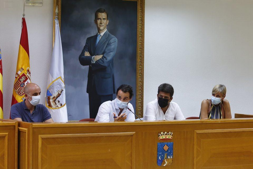 La comunidad educativa de Torrevieja se someterá a los PCR este miércoles 6
