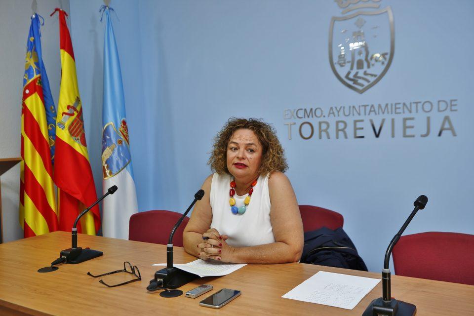 Torrevieja contratará a una empresa externa para la recogida de residuos y limpieza viaria 6