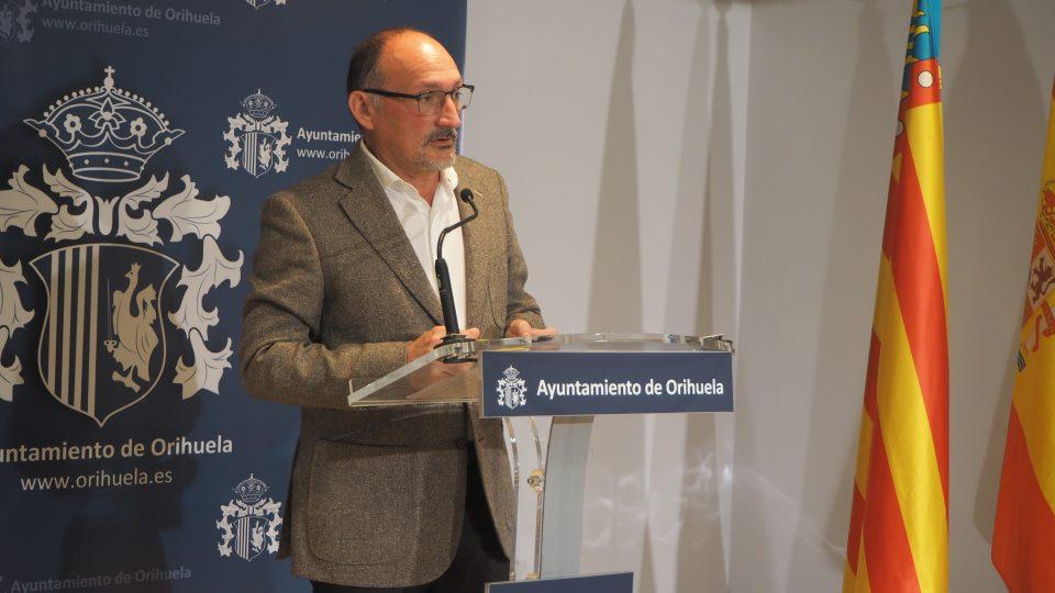 El oriolano Rafael Almagro repite en las listas del PP al Congreso por Alicante 6